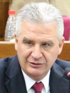 Enrique Bacchetta, senador de la ANR y presidente de la Comisión Nacional de Revisión del Anexo C de Itaipú.
